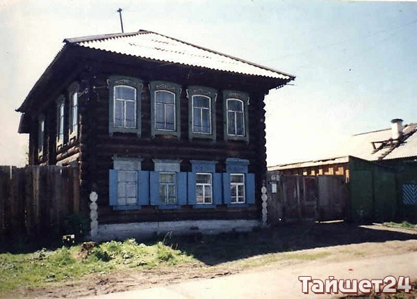 Один из домов имеет ценность как элемент исторической застройки конца XIX начала XX века.
