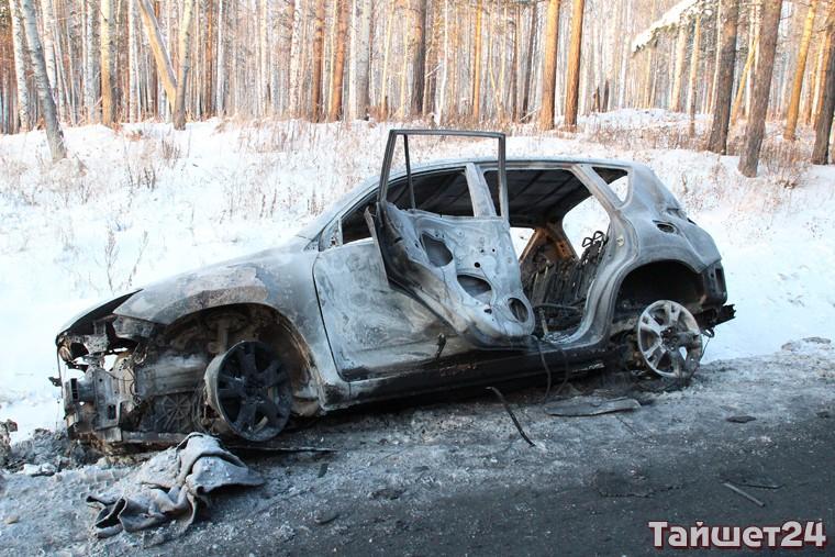 В Тайшетском районе дотла сгорела иномарка жителя Чуны