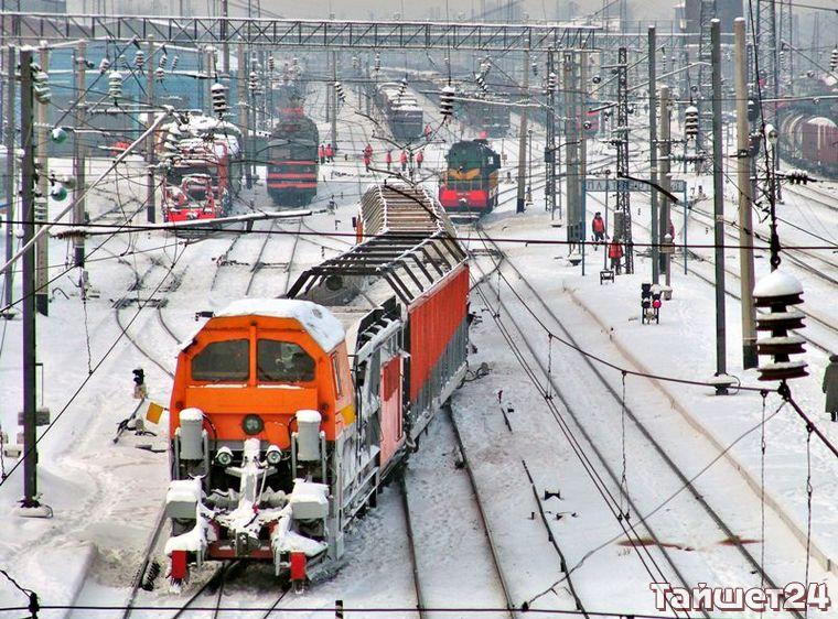 Восточно-Сибирская железная дорога призывает граждан быть бдительными, находясь в зоне движения поездов