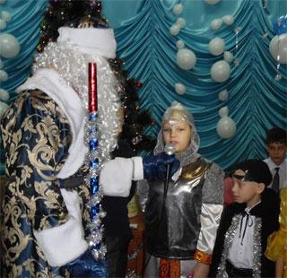 Благотворительная акция «Подари ребенку Рождество» продолжается в Тайшете