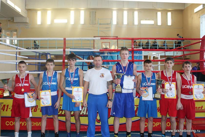 Восемь тайшетских боксёров привезли из Ангарска семь призовых мест