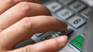 Сотрудник банка в Братске обворовал клиентов на 5 000 000 рублей