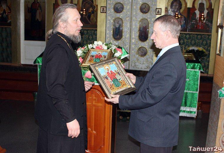 Православному приходу посёлка Юрты 20 лет