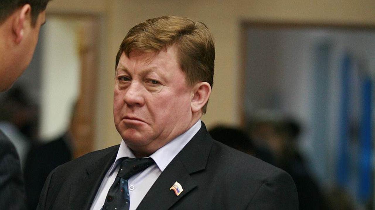 Следующий пошёл! Бывший мэр Усть-Илимска отправится под суд за взятки