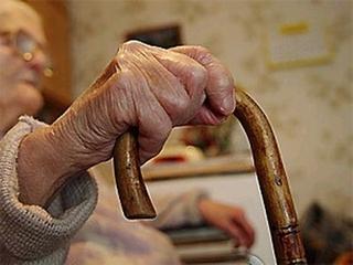 Нижнеудинская пенсионерка подарила мошенницам 100 000 рублей за «избавление от болезней»