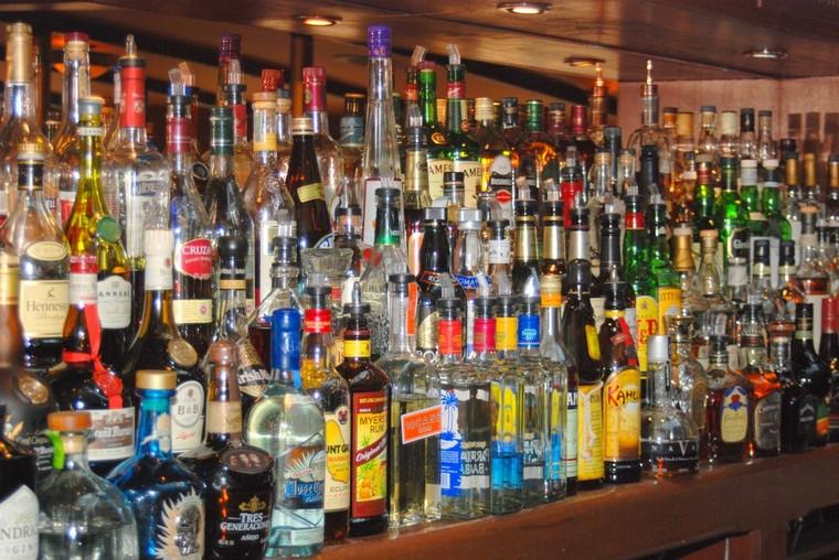 Чунская полиция не хочет следить за алкоголеторговлей