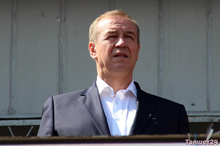 Губернатор Левченко в Госдуму не пойдёт, но баллотироваться будет