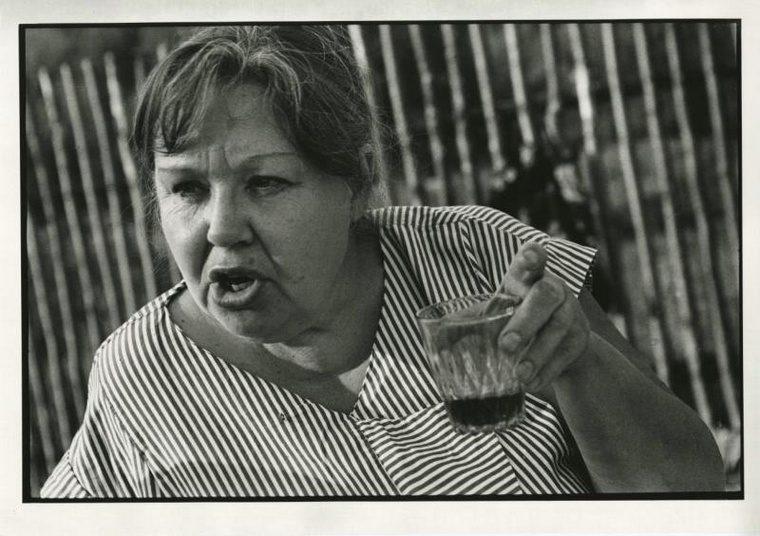 1990-e-34