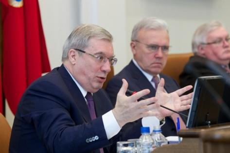 Губернатор Красноярского края стал одним из худших в стране