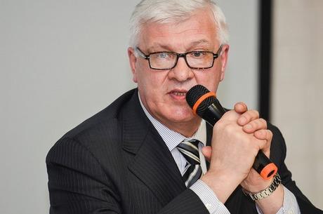Брилка утверждает, что решение не баллотироваться в Госдуму было добровольным