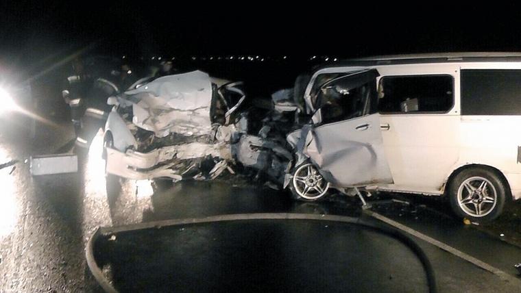 В Иркутской области четыре человека погибли в страшном ДТП