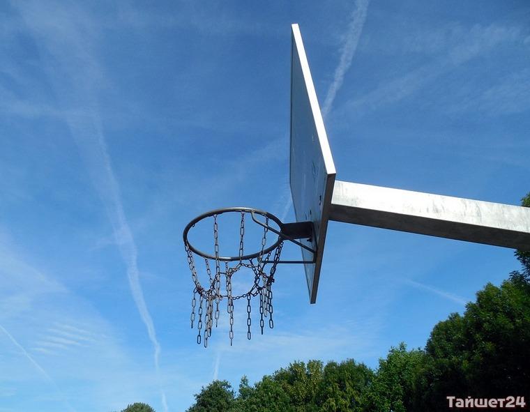 В Тайшете прошёл турнир по стритболу