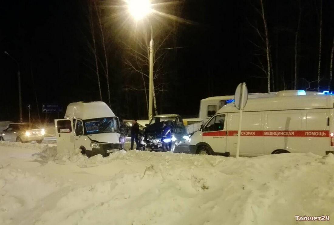 ВТайшетском районе маршрутка спятью пассажирами угодила вДТП