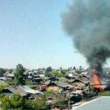 В Бирюсинске сегодня горели надворные постройки
