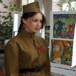 В Тайшете открылась выставка рисунков «Наши деды ковали Победу»