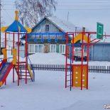 На содержание детских площадок в 2017 году администрация Тайшета потратит 247500 рублей