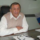 Мэр Тайшетского района Виталий Кириченко в 2015 году получил из бюджета «лишних» 436 тысяч рублей