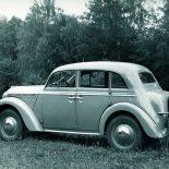 Дедушке российского автопрома — «Москвичу-400» – исполнилось 70 лет