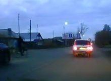 Как тайшетский велосипедист попал под машину. Видео