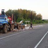 Фотофакт. В Тайшетском районе фура с капустой врезалась в грузовик «Урал»