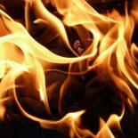 В селе Шелехово бомж подпалил баню и сбежал