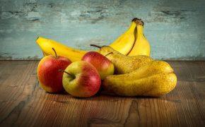 Роспотребнадзор назвал самыми некачественными импортными продуктами фрукты, рыбу и молоко