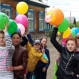 Праздник в посёлке Квиток: от улыбки станет всем светло!