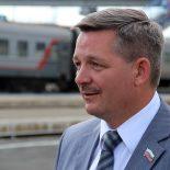 Депутат Законодательного собрания Игорь Милостных поздравляет с Первомаем!