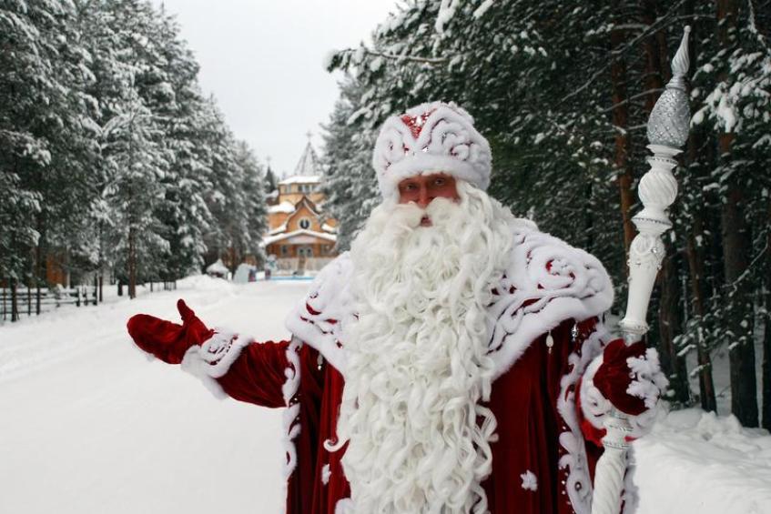 18 ноября в России празднуют День рождения Деда Мороза