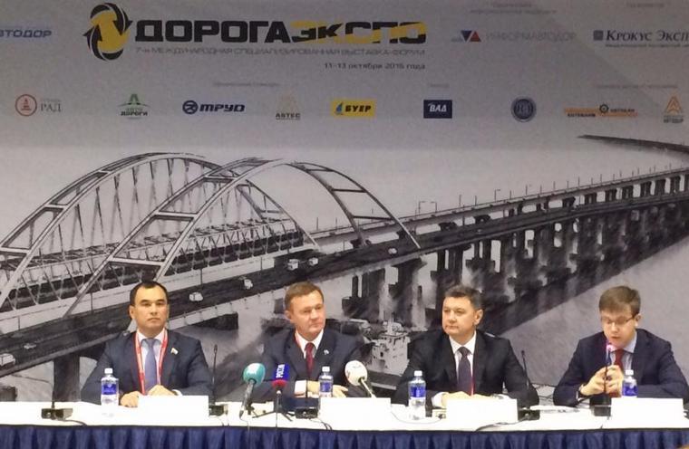 Депутат Сергей Тен предлагает направлять штрафы в муниципальные дорожные фонды, чтобы привести дороги в норму