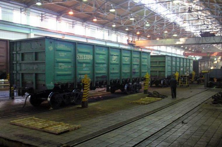 Трое служащих вагонного депо украли деталей на8 млн руб. вТайшете